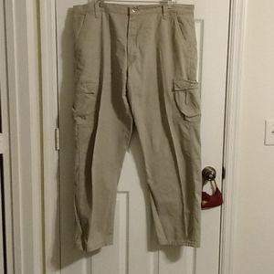 Men's Wrangler cargo tan pants size 40 x 32